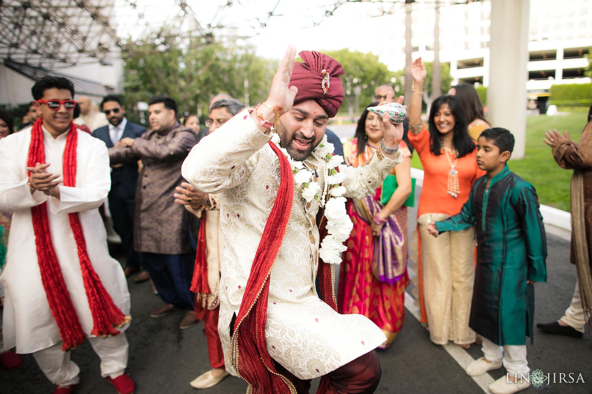 22-hotel-irvine-indian-wedding-photography