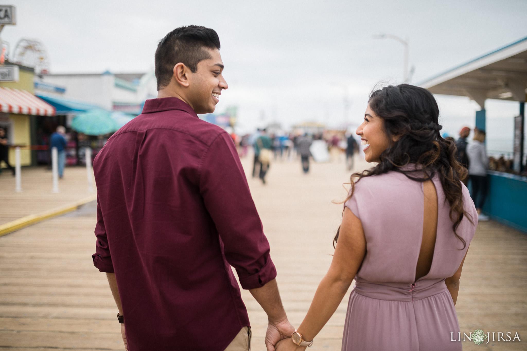 03-santa-monica-pier-los-angeles-engagement-photography
