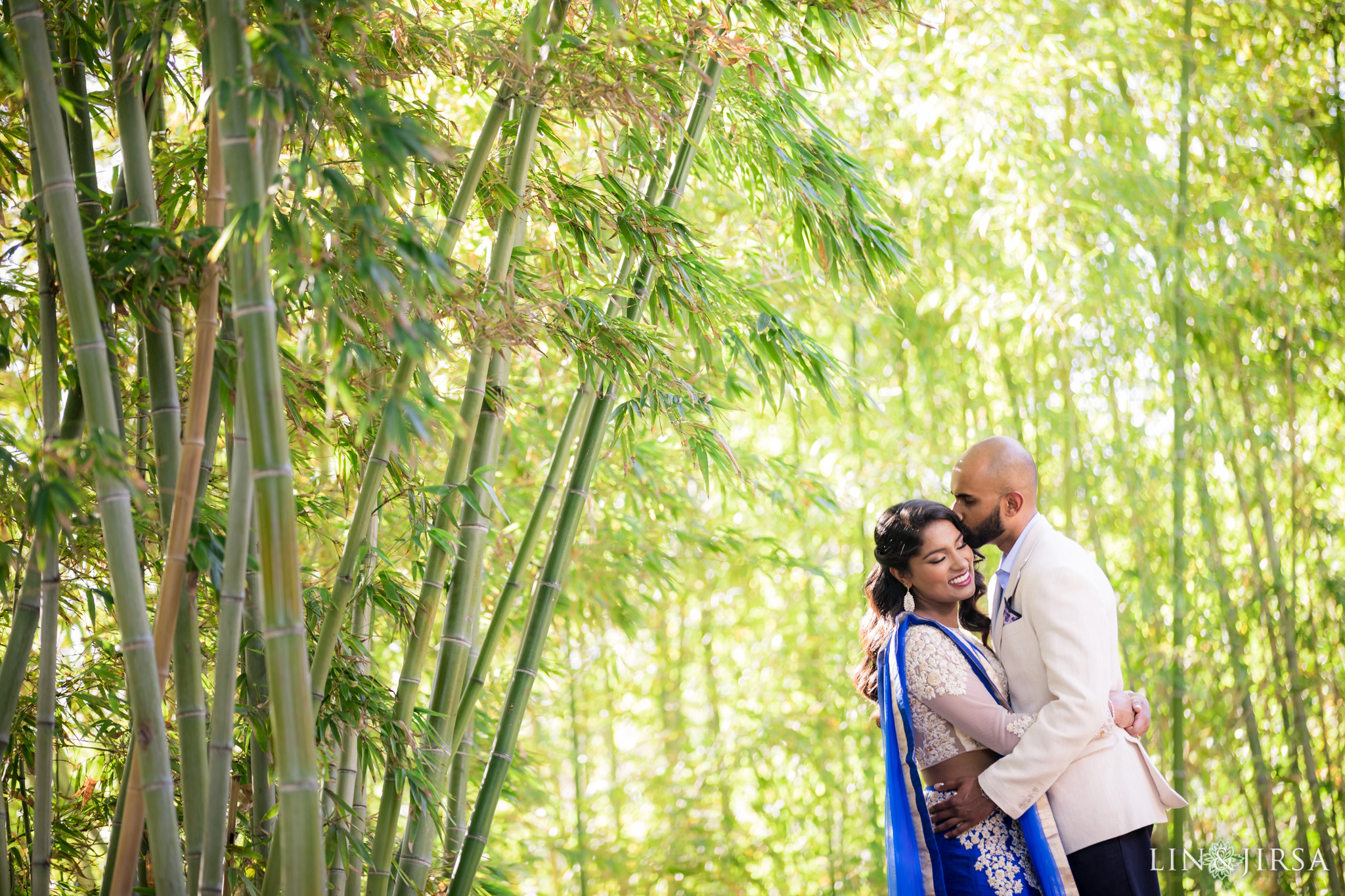 03-huntington-garden-engagement-photography