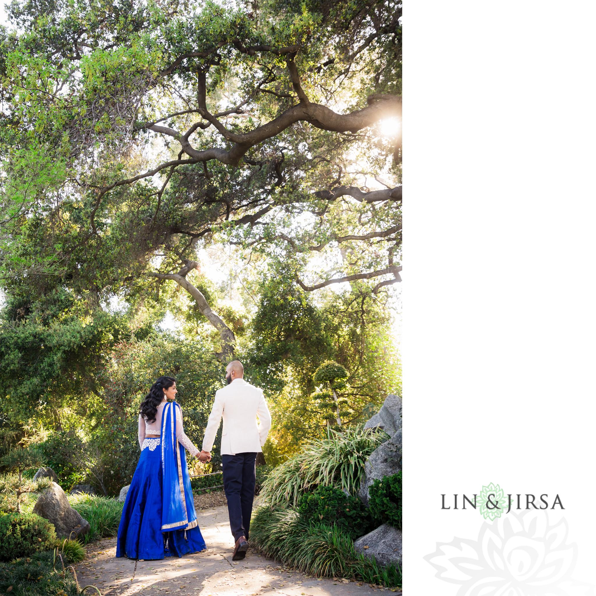 05-huntington-garden-engagement-photography