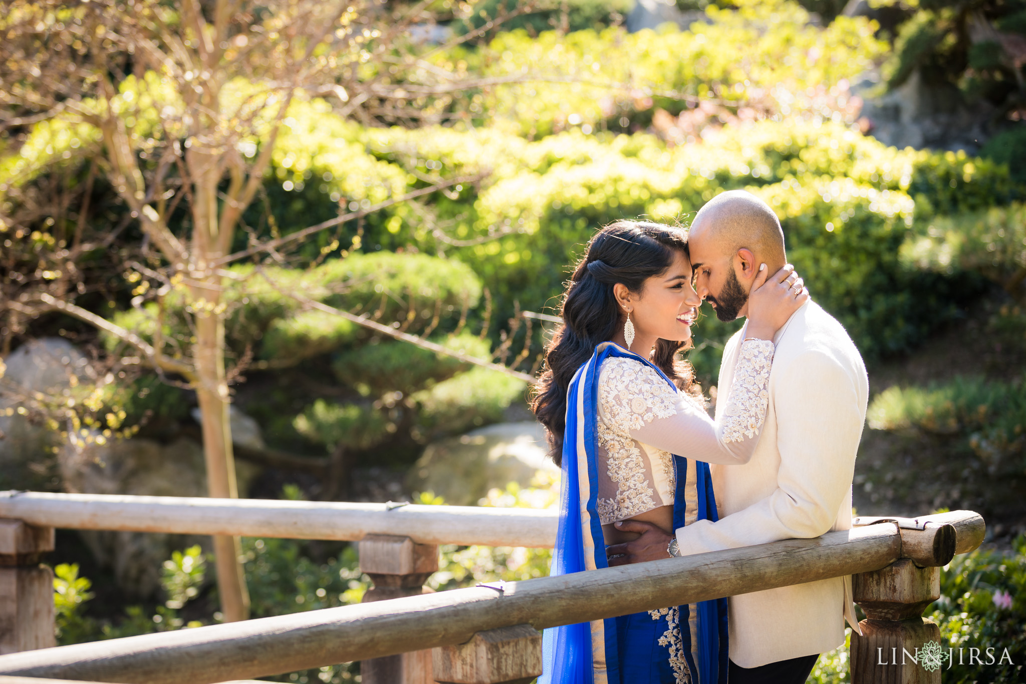06-huntington-garden-engagement-photography