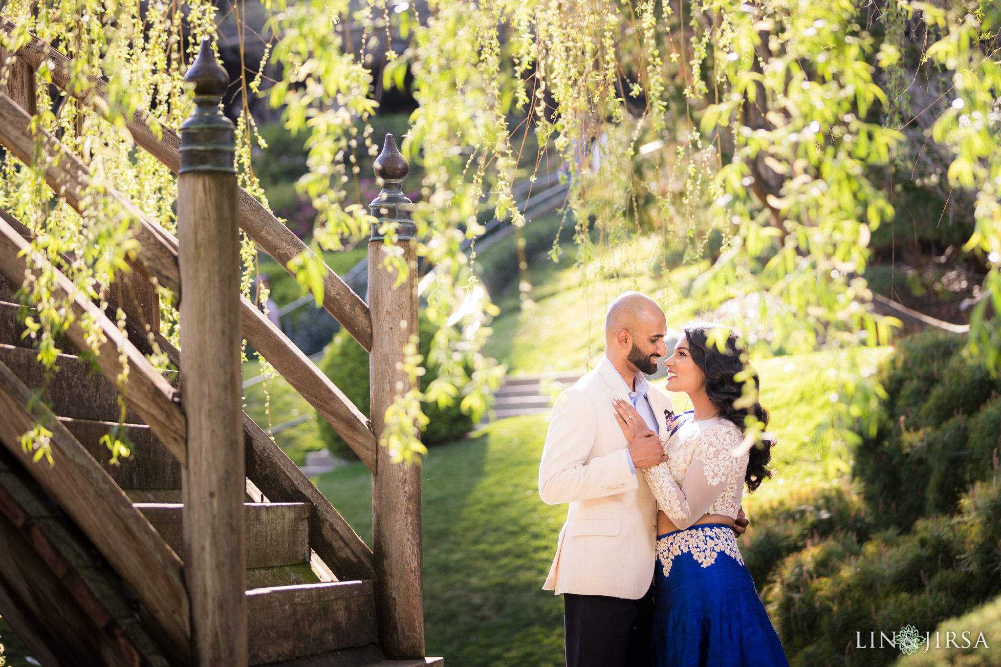 07-huntington-garden-engagement-photography