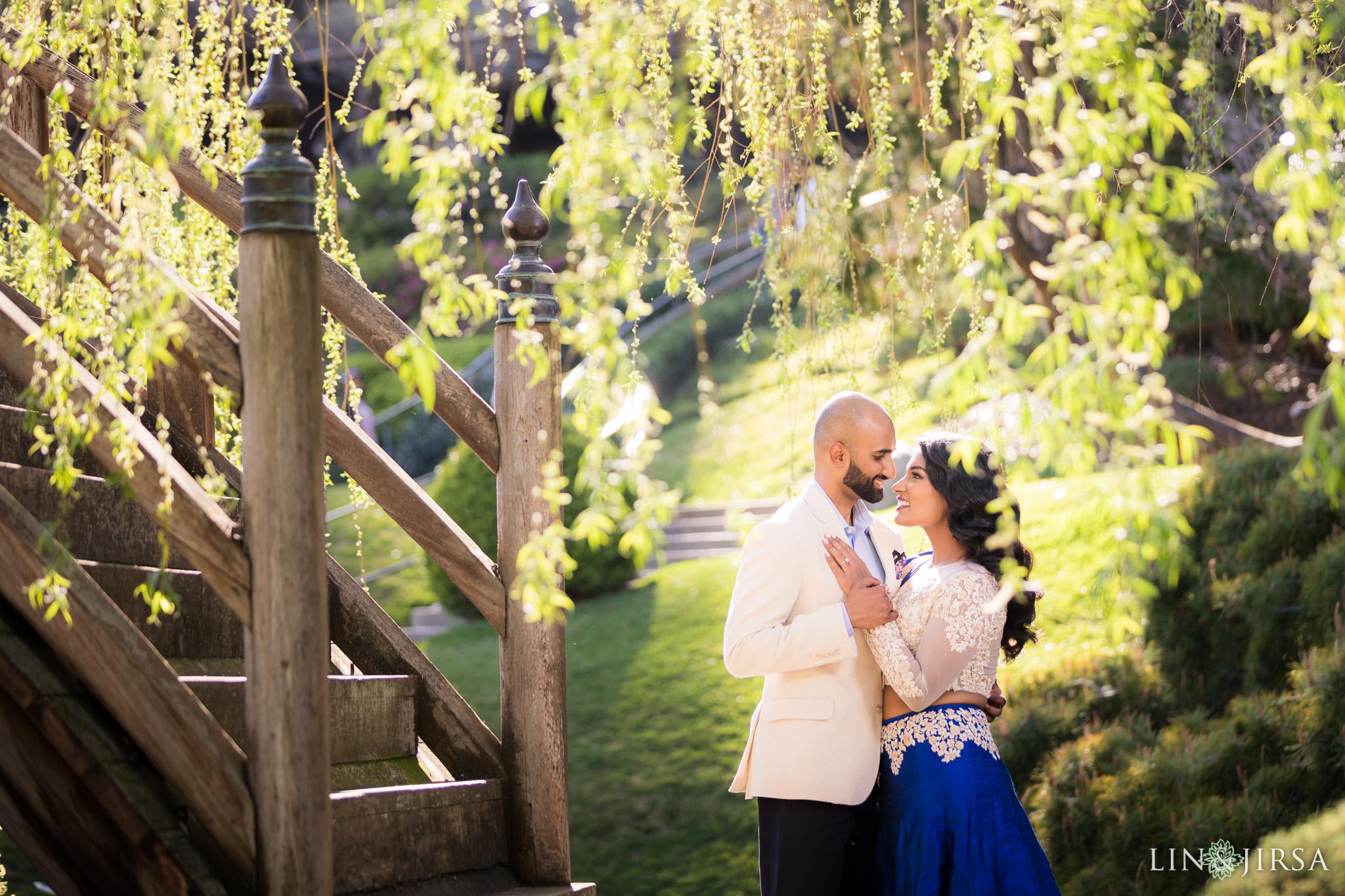 07-huntington-garden-engagement-photography