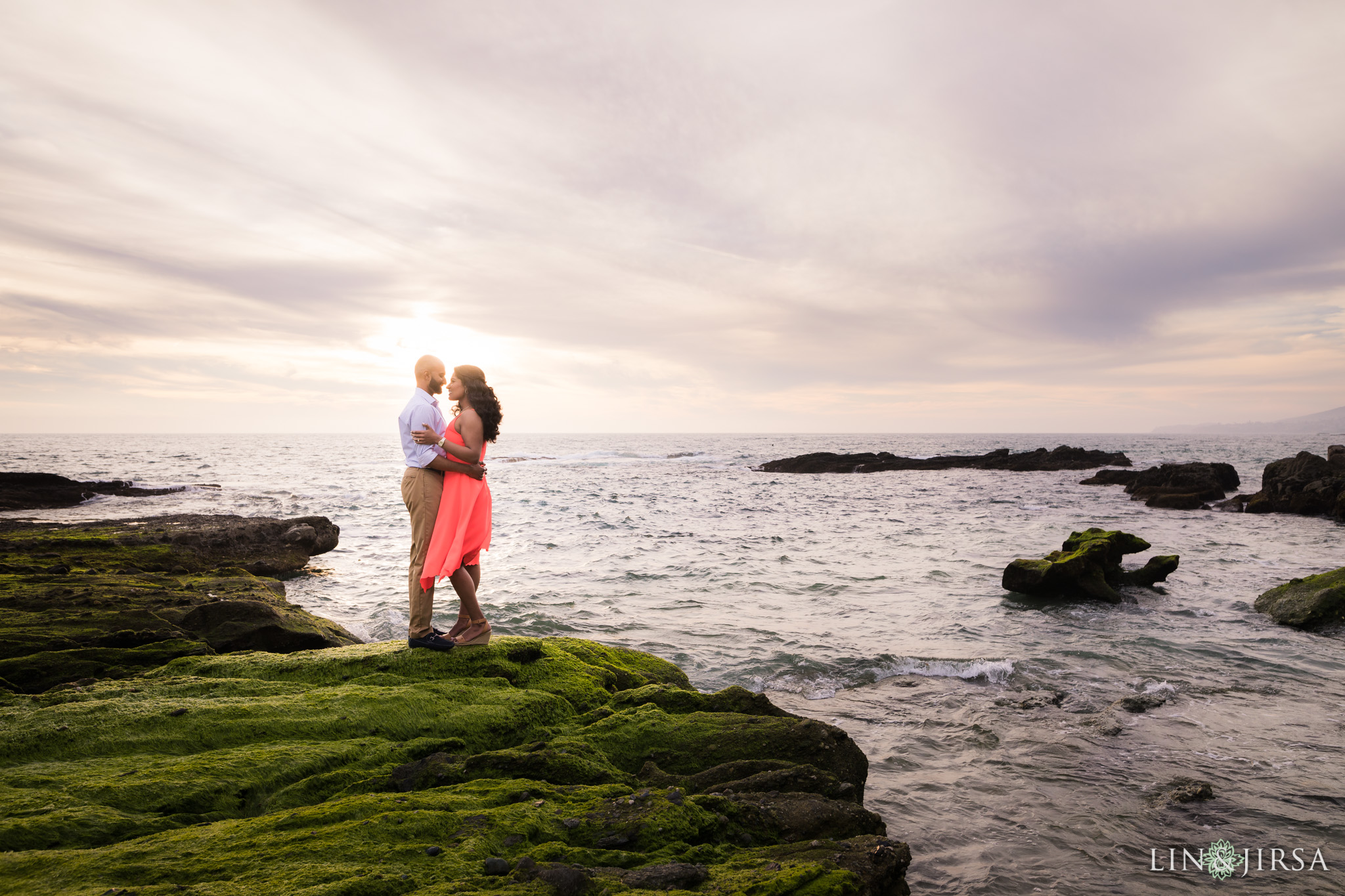 11-laguna-beach-engagement-photography