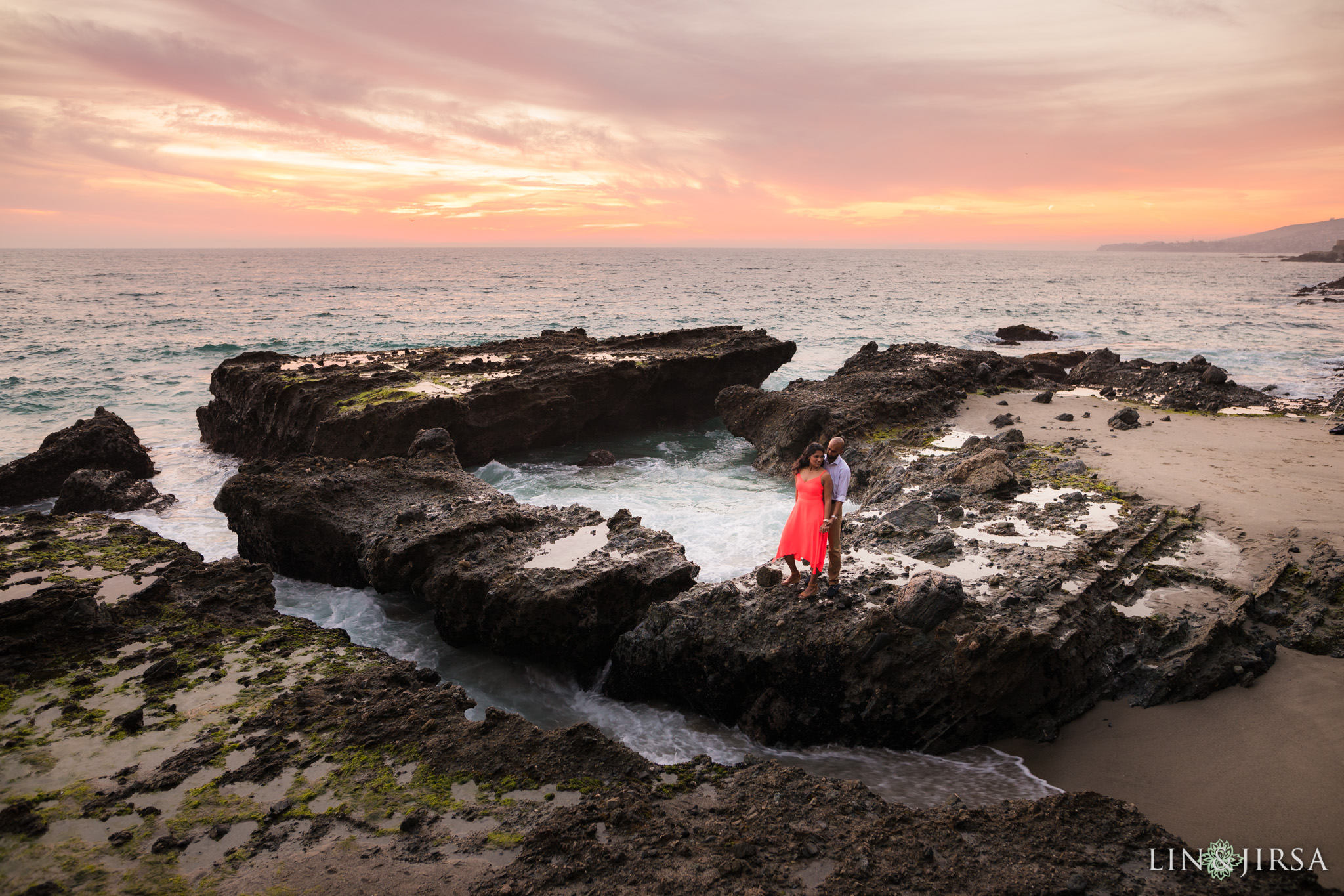 14-laguna-beach-engagement-photography