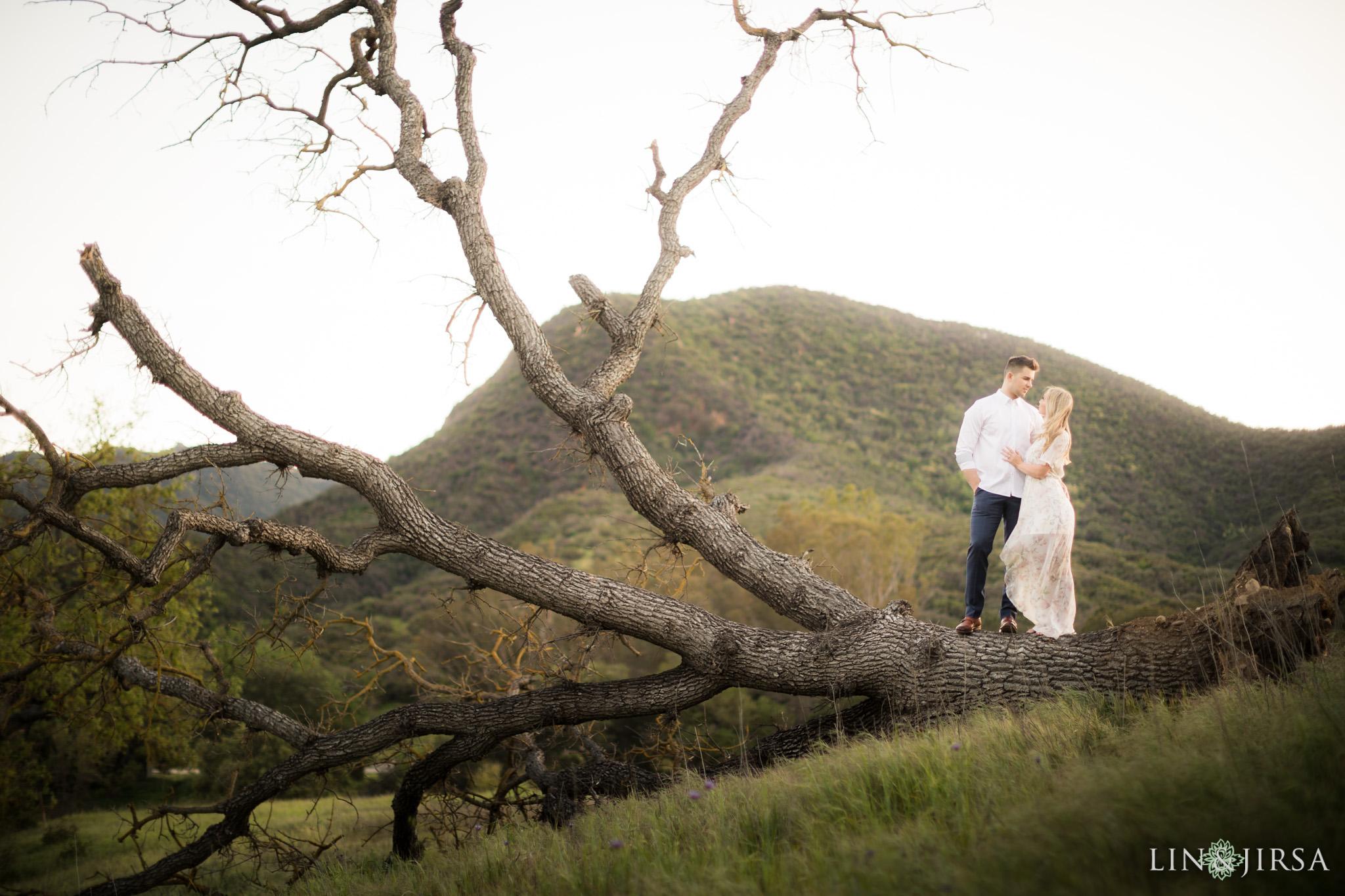 14-paramount-ranch-malibu-engagement-photography