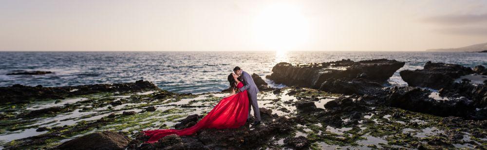 0046-AM-Moulton-Meadows-Victoria-Beach-Engagement-Photography