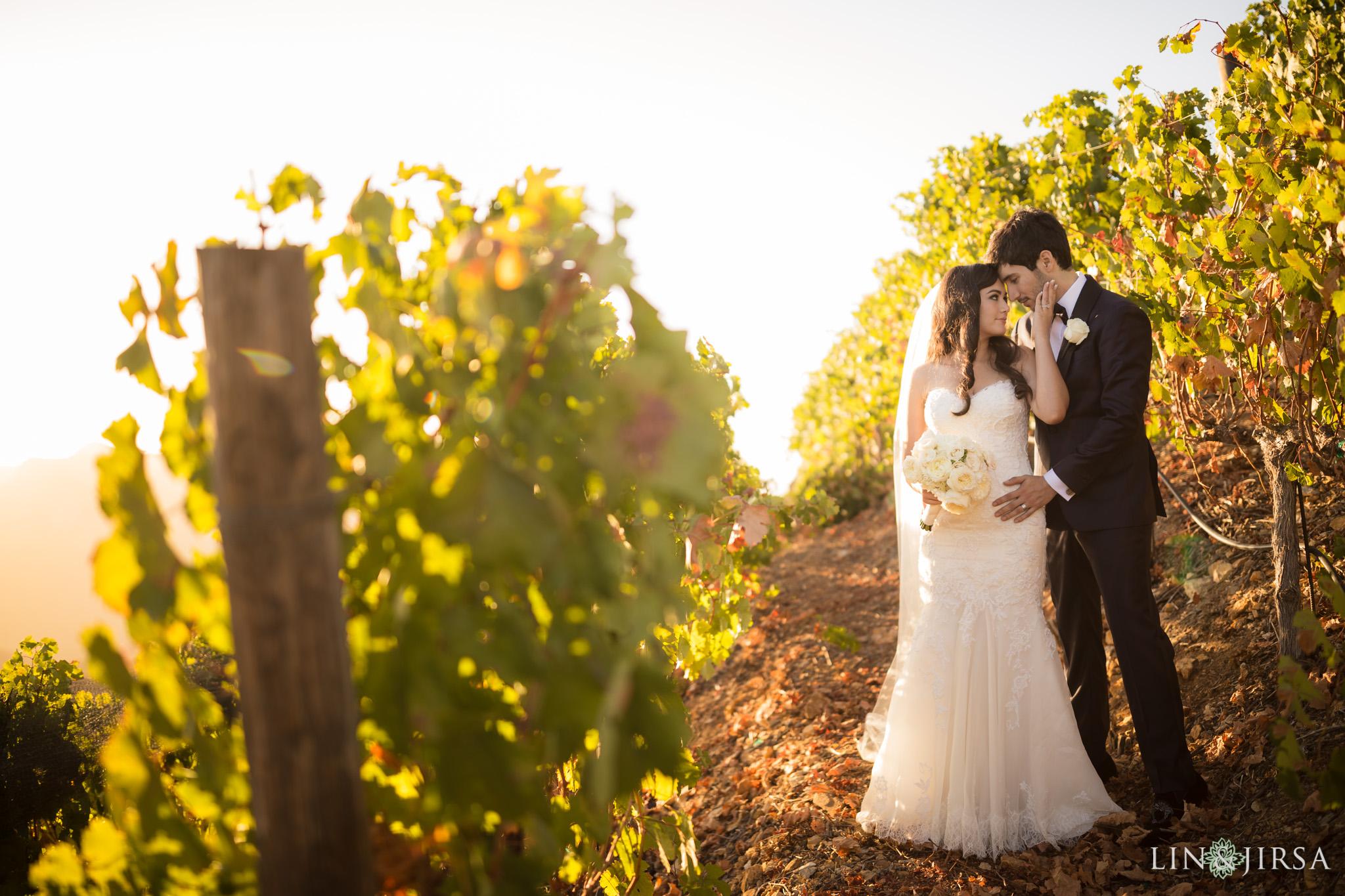 Malibu rocky oaks estate vineyard wedding katie jesse for Malibu rocky oaks wedding price