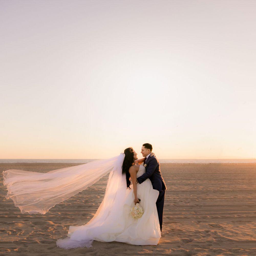 0 hyatt regency huntington beach bride wedding photography