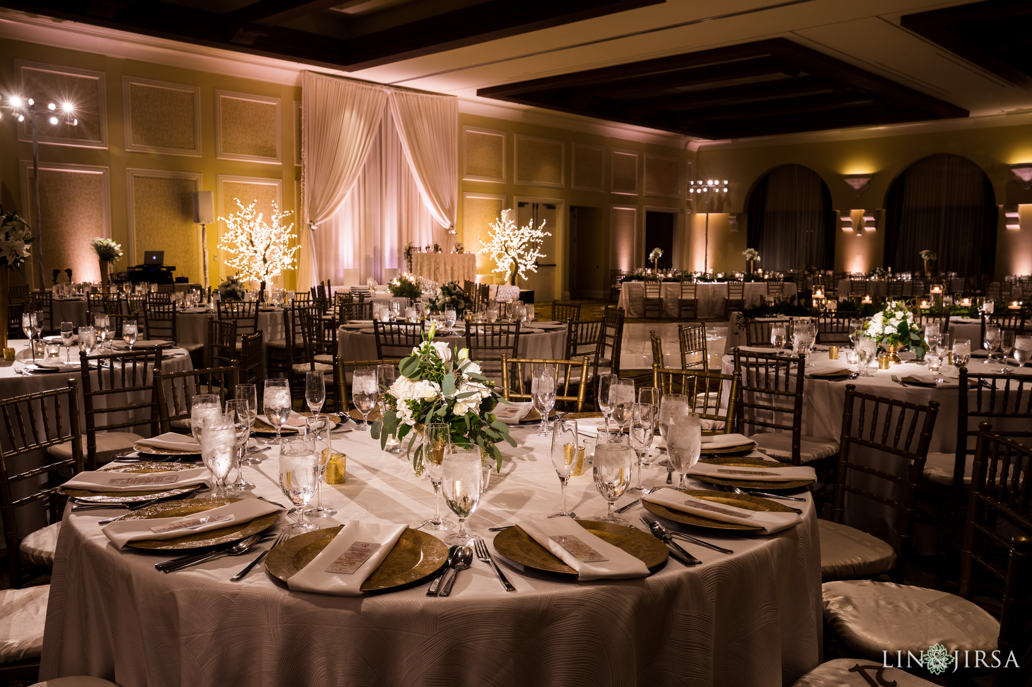 16 hyatt regency huntington beach wedding reception photography