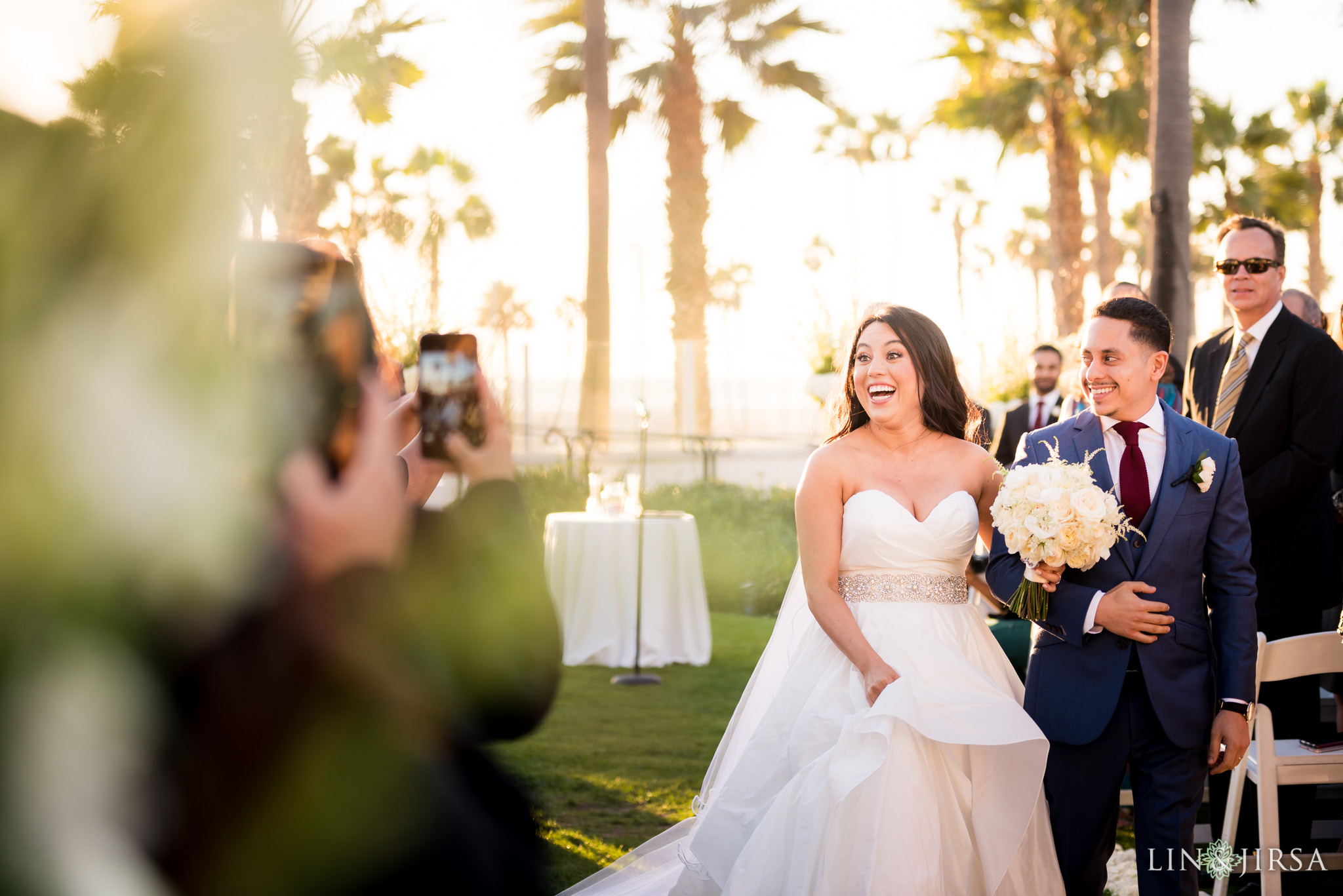 24 hyatt regency huntington beach wedding ceremony photography