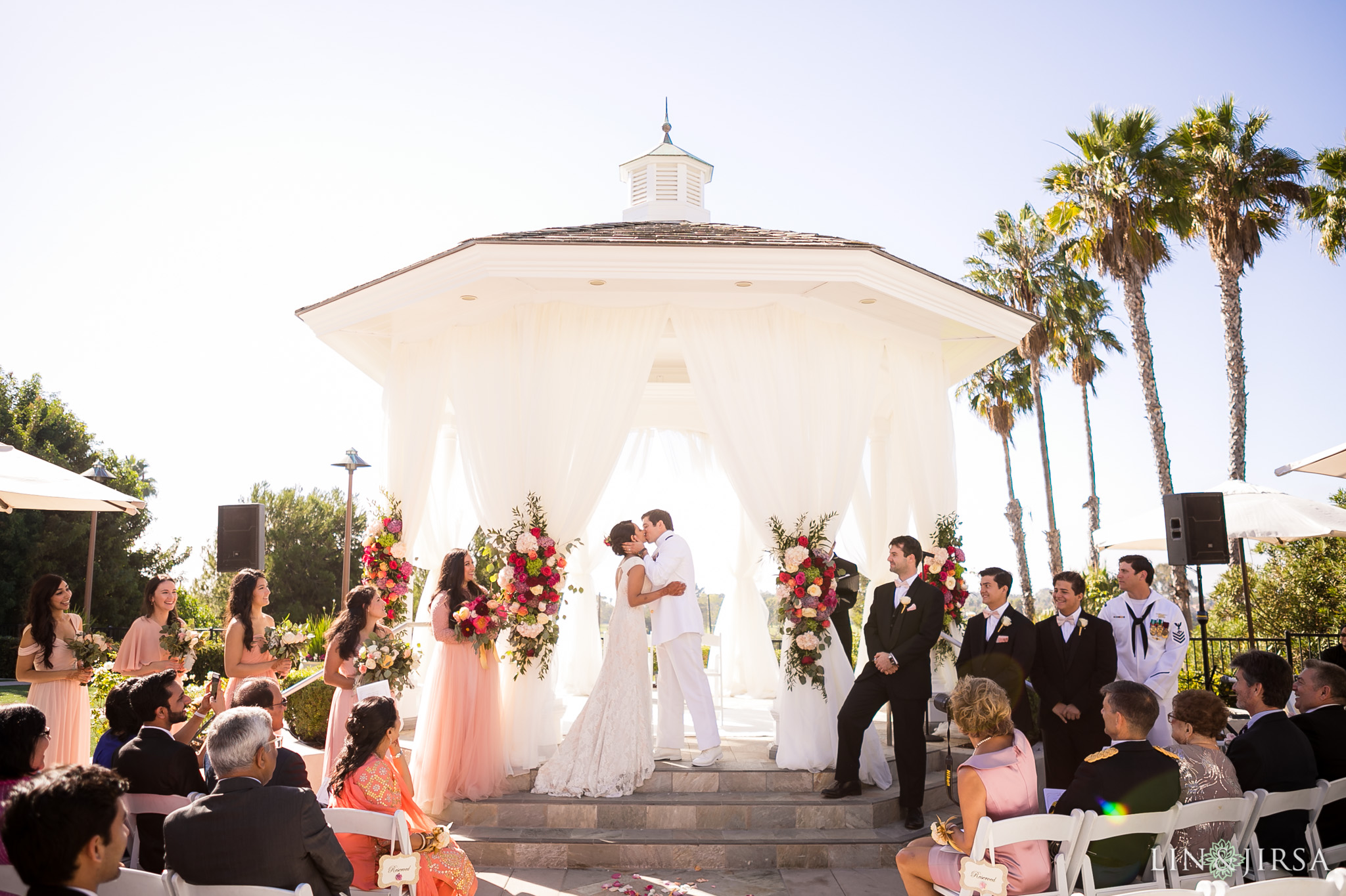 18 newport beach marriott hotel wedding ceremony photography
