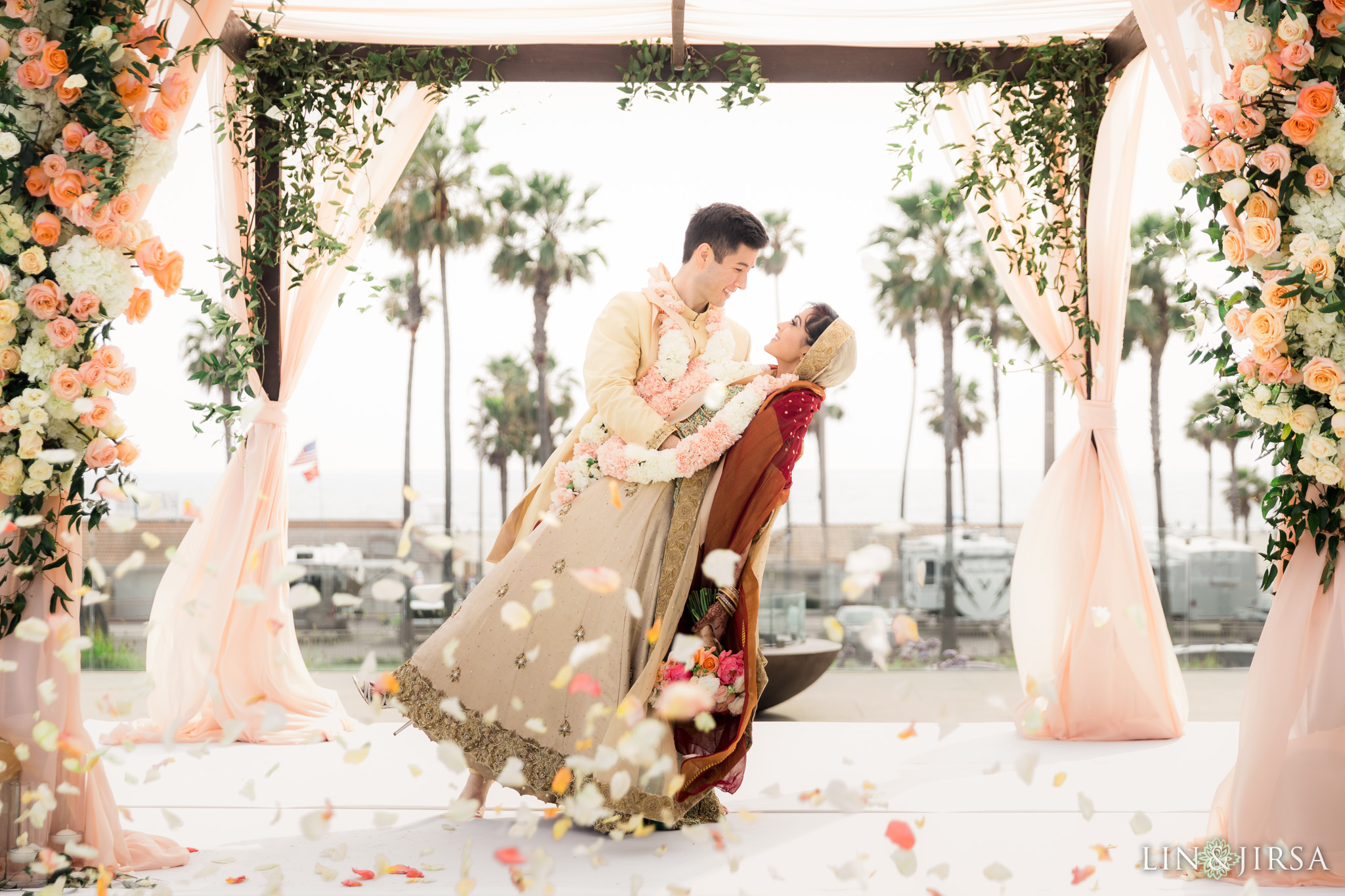 34 pasea hotel and spa huntington beach indian wedding ceremony photography