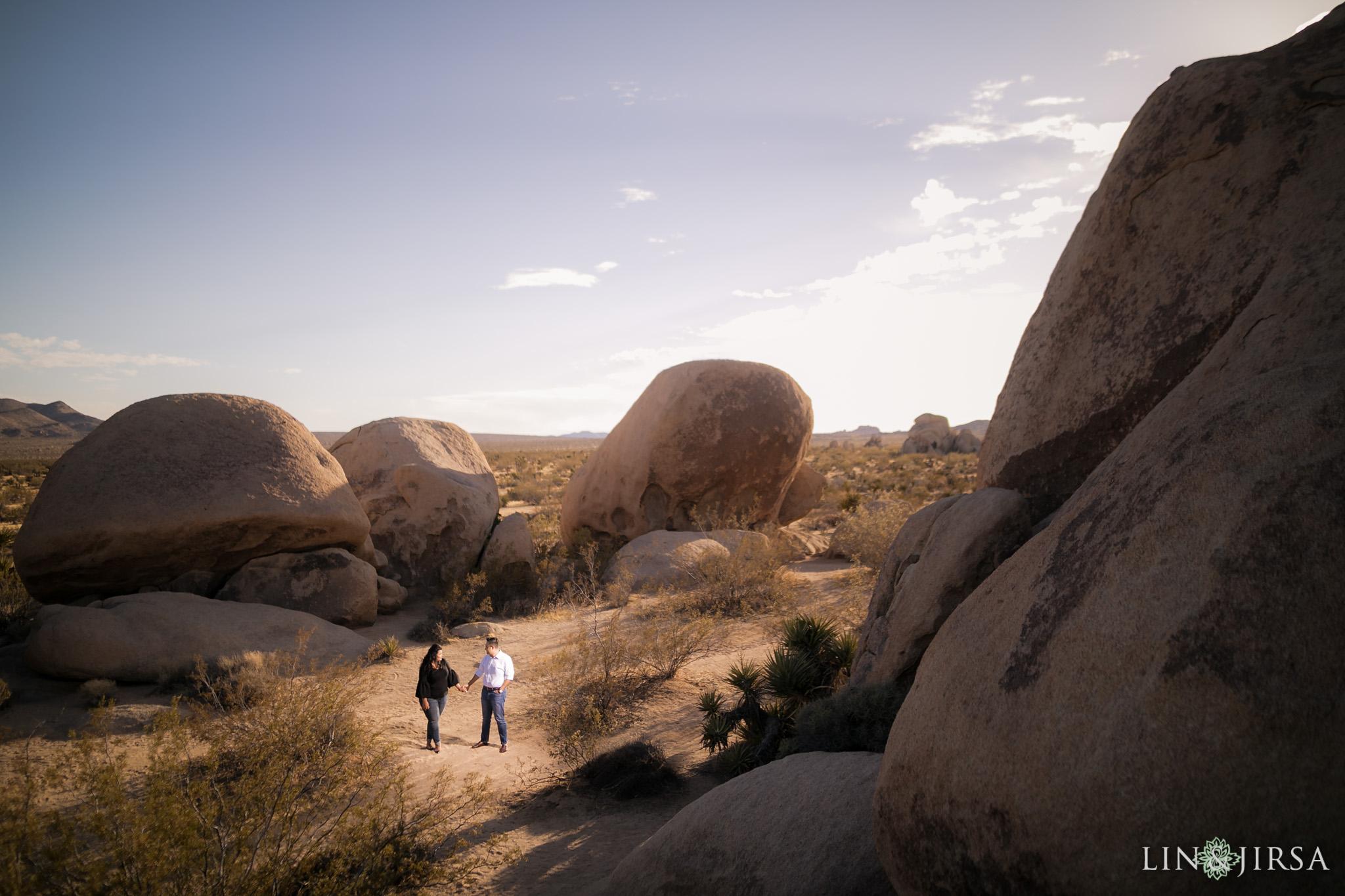 03 joshua tree national park desi engagement photography