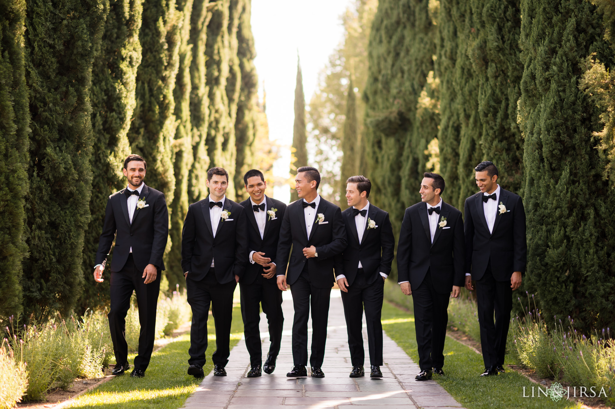 12 greystone mansion los angeles groomsmen wedding photography