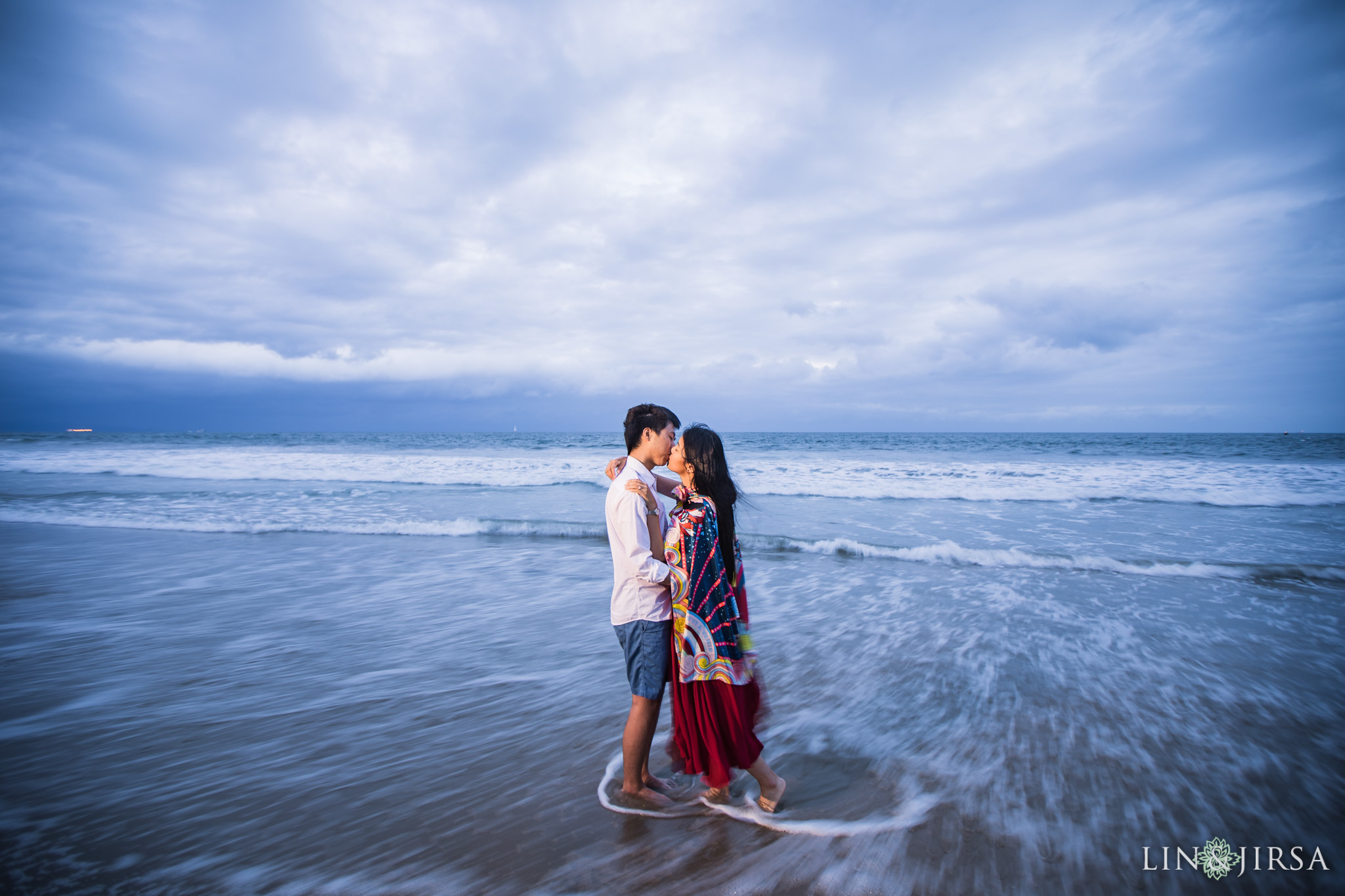 13 santa monica beach los angeles engagement photography