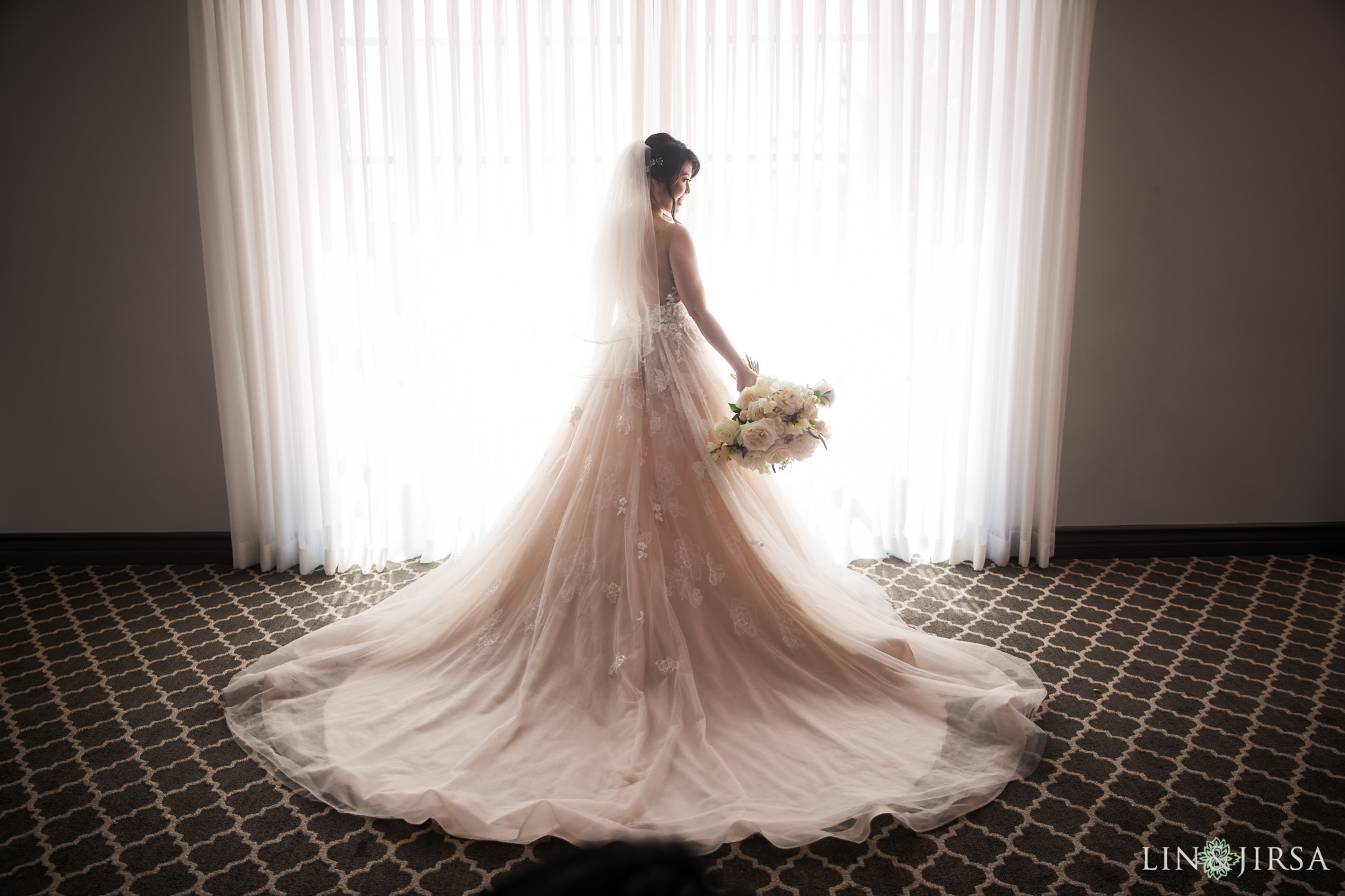 08 bel air bay club malibu bride wedding dress photography