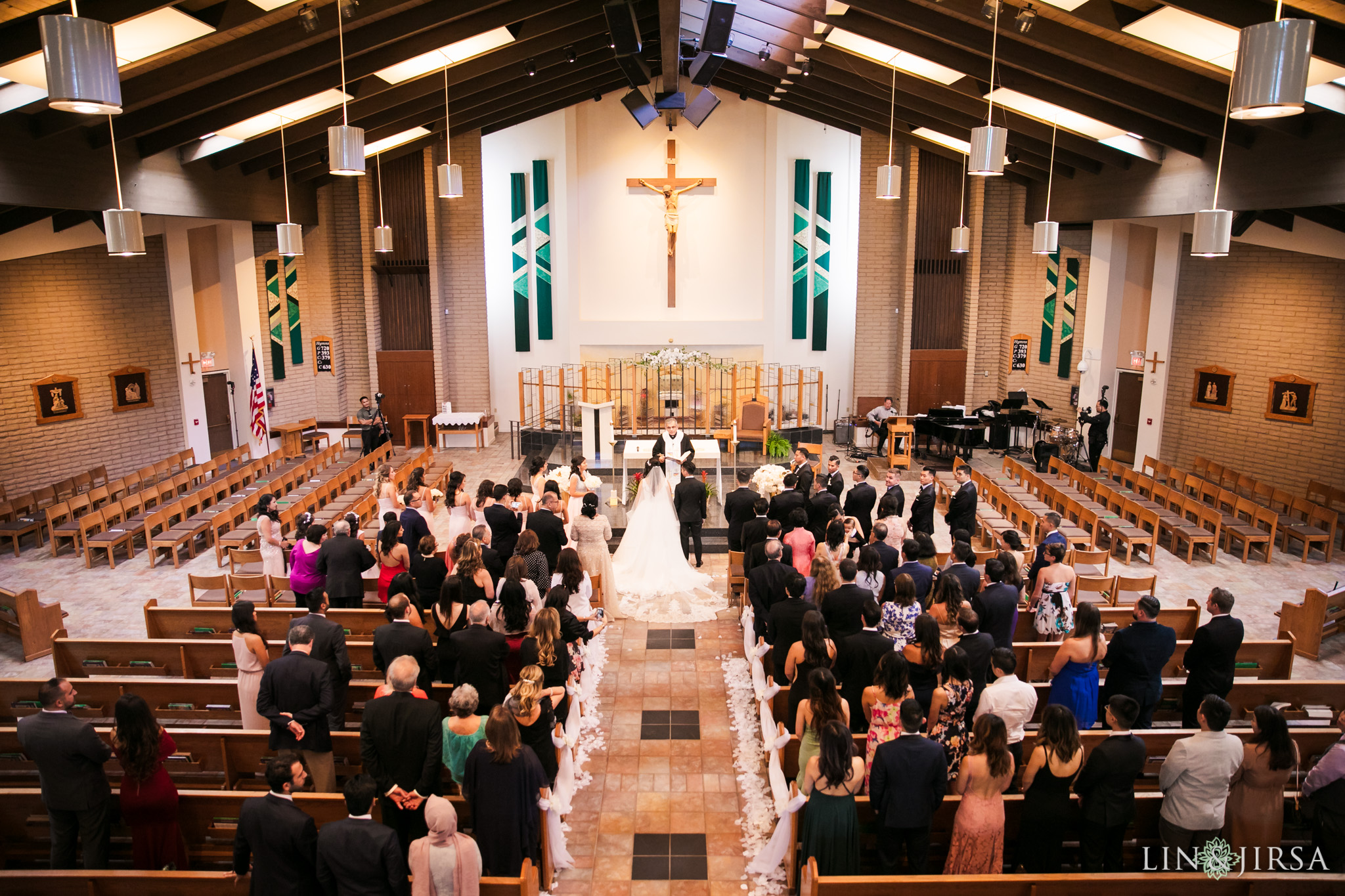 16 st paschal babylon church thousand oaks wedding ceremony photography