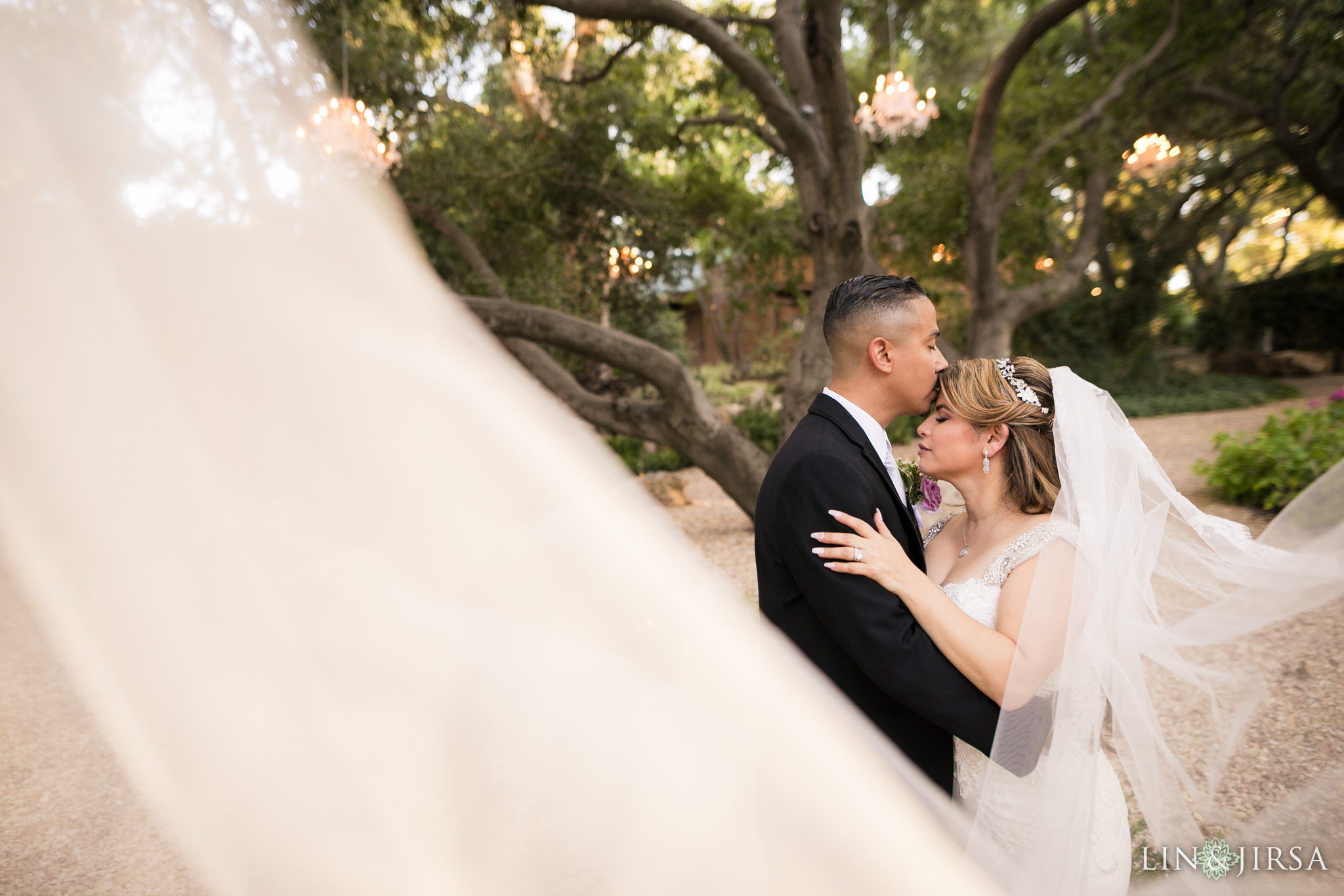17 calamigos ranch malibu wedding veil photography