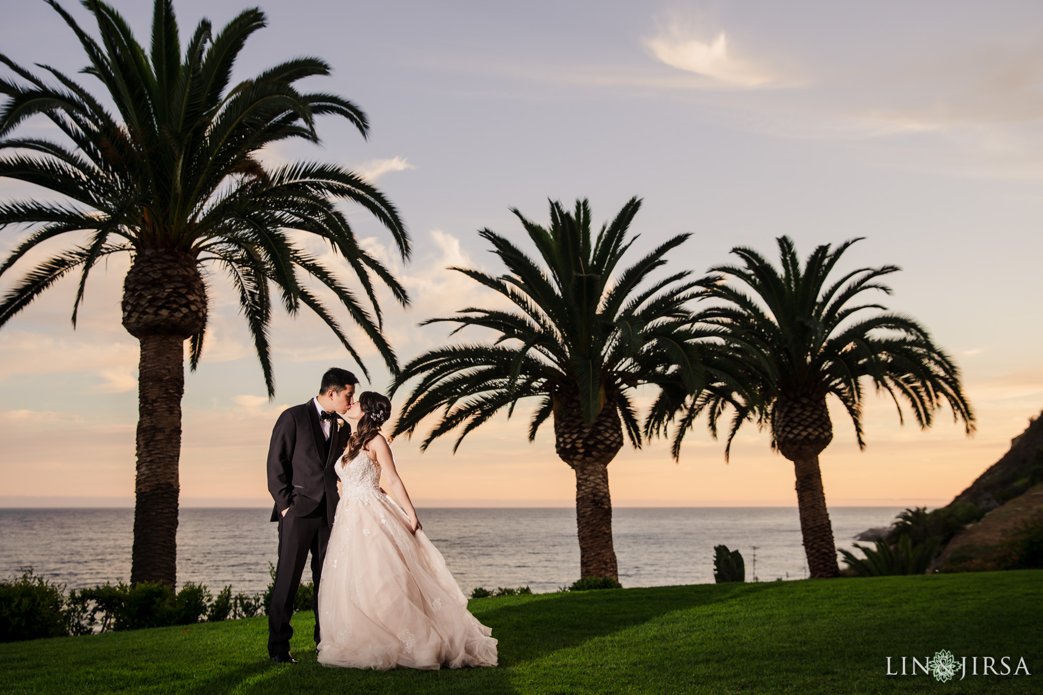 35 bel air bay club malibu sunset wedding photography