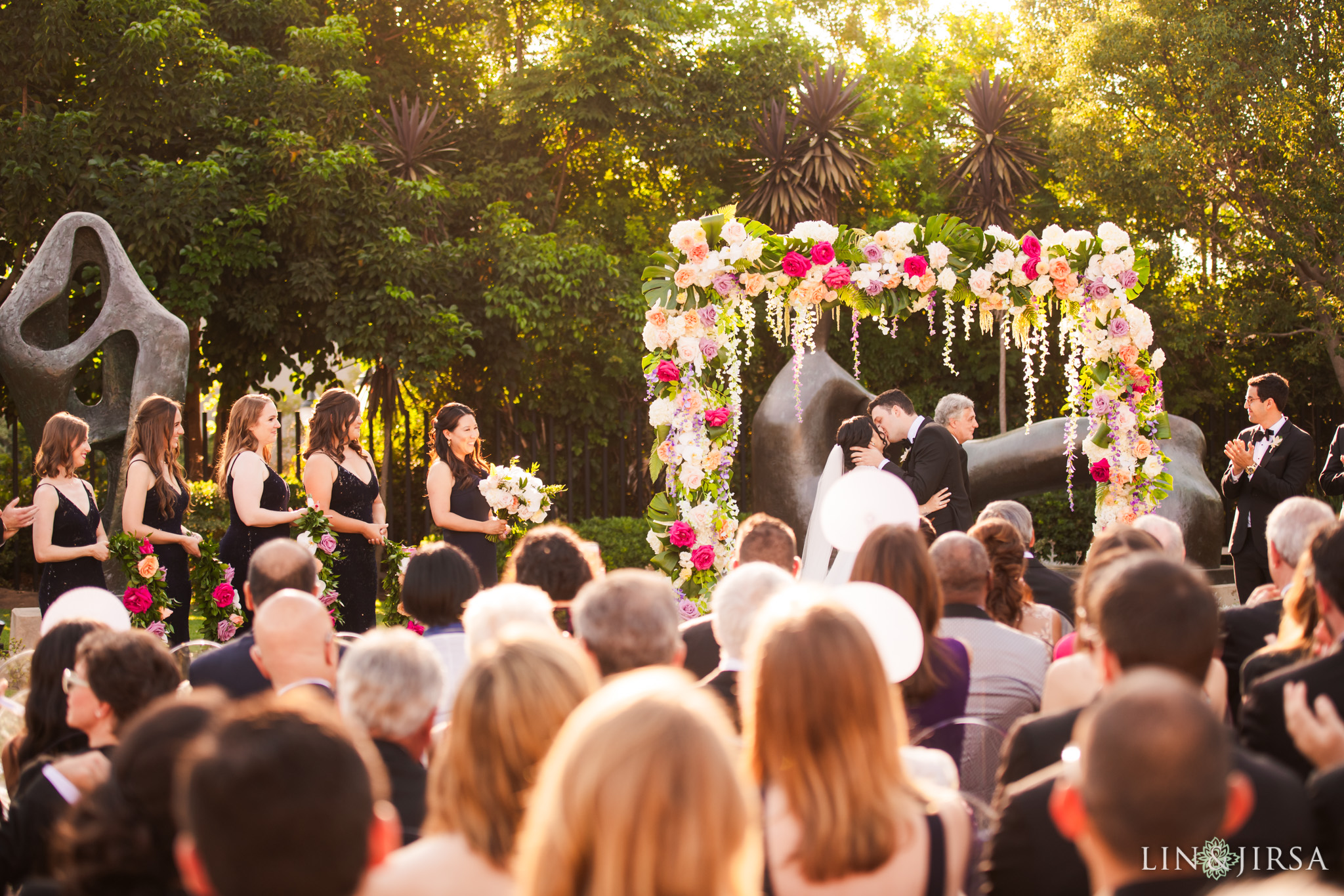 060 museum of art san diego wedding ceremony kiss photography