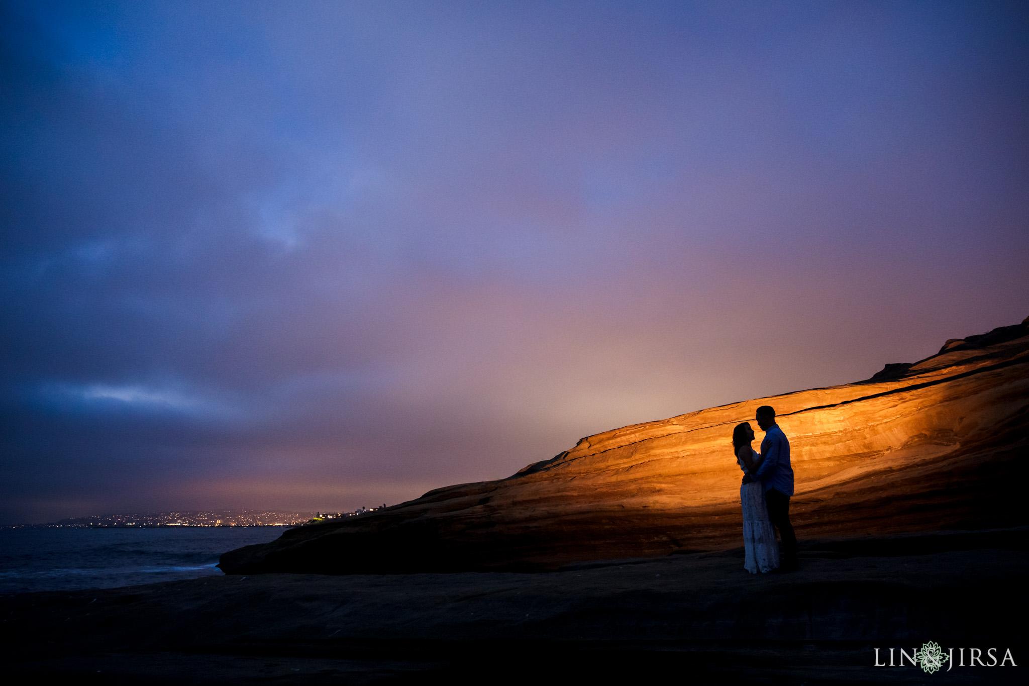 21 san diego beach cliffs engagement photography