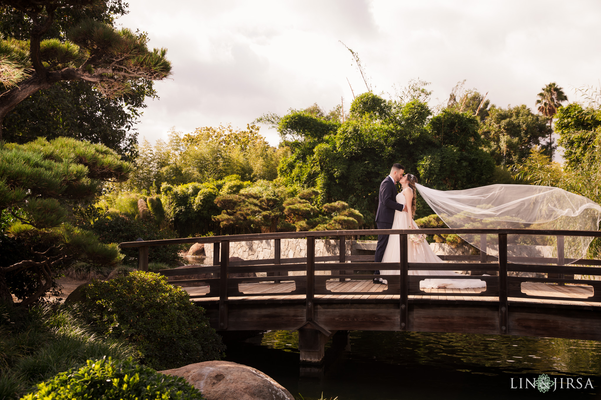 22 japanese garden signal hill wedding