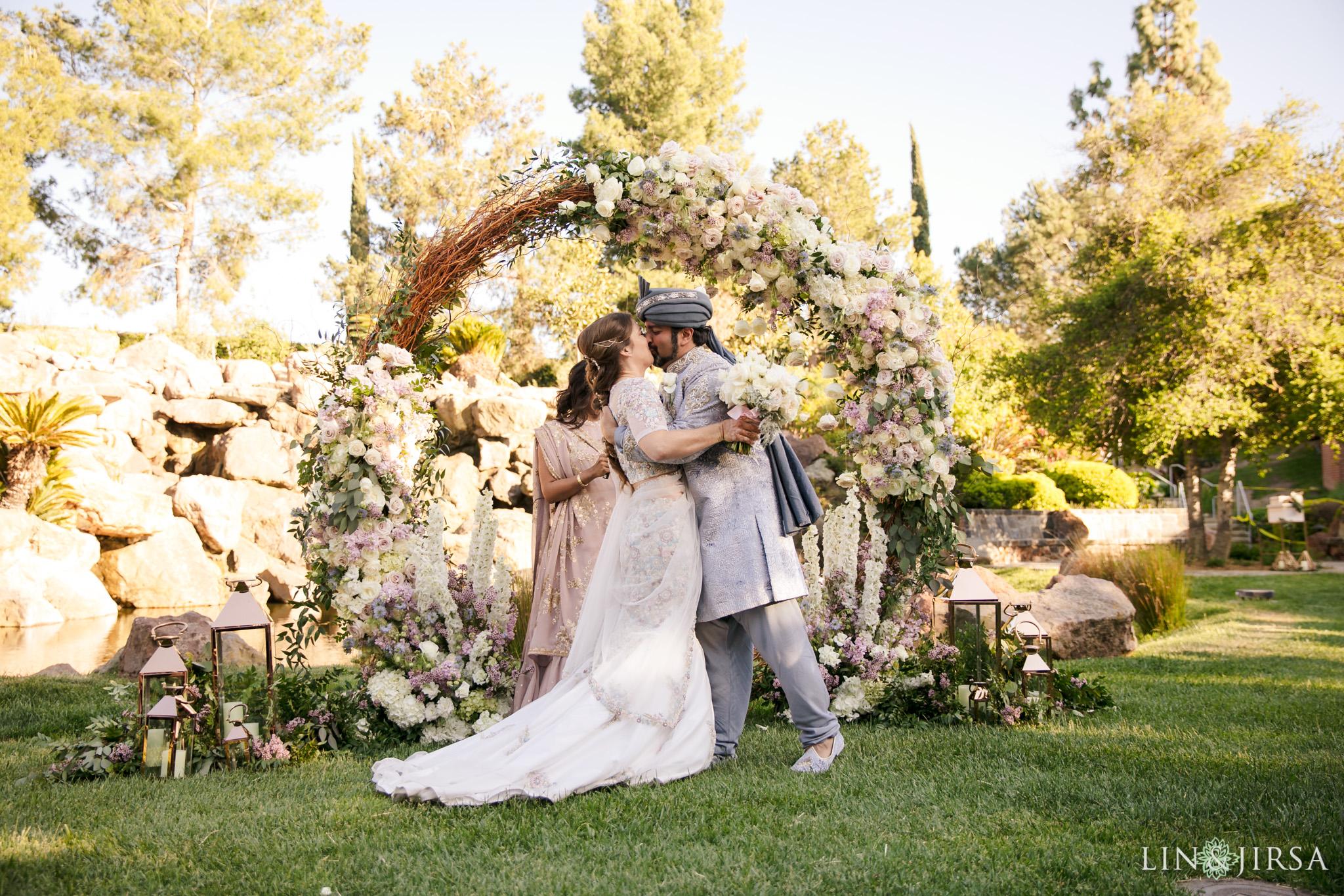 20 Four Seasons Westlake Village Indian Wedding Photographer