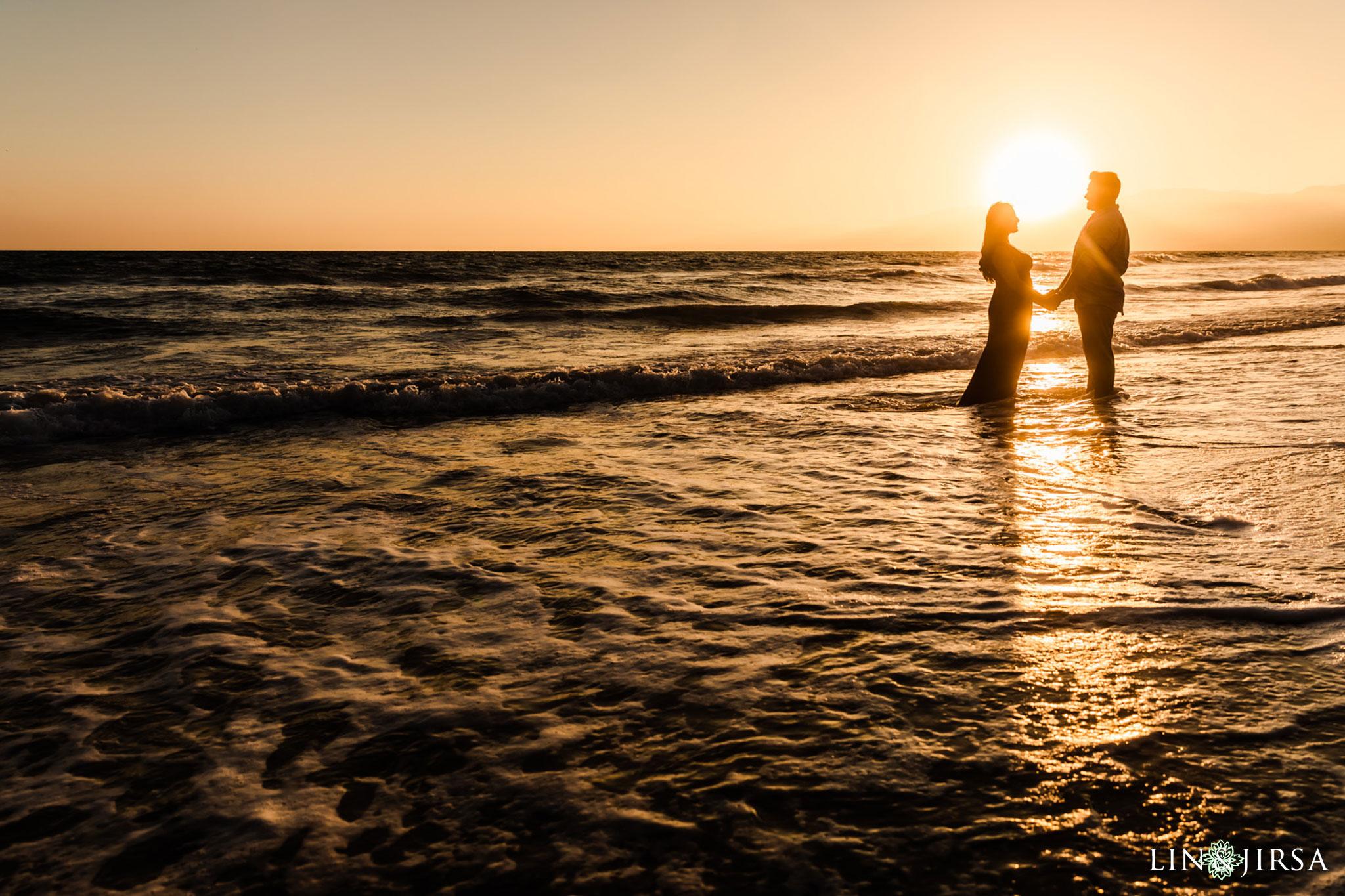 11 Santa Monica Beach Sunset Engagement Photography