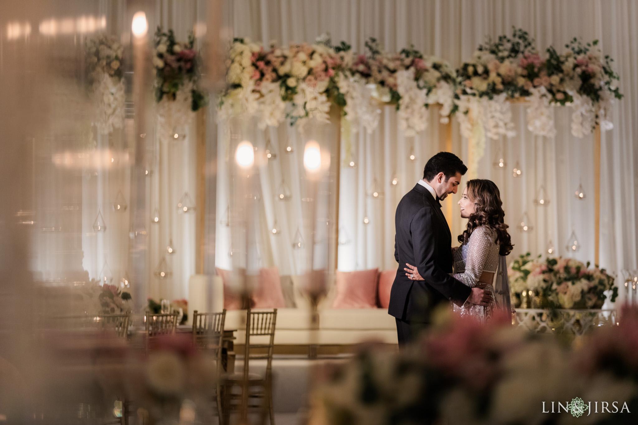16 Hilton Santa Barbara Beachfront Resort Indian Wedding Reception Photography